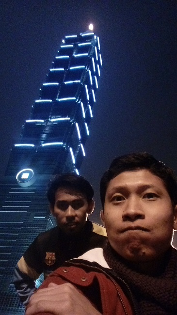 wahyu alam at taipei 101