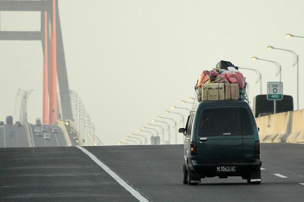 Jembatan Suramadu - Foto: Didik Suharsono - ANTARA
